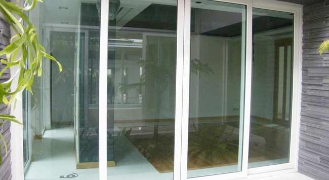 Koudeval oplossen door juiste glas en plaatsing verwarming