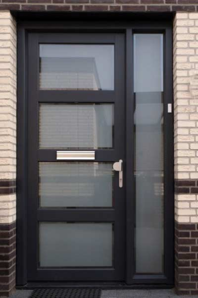 Kunststof voordeur met HR dubbel of triple glas