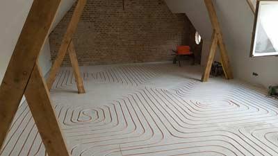 Vloerverwarming op zolderkamer